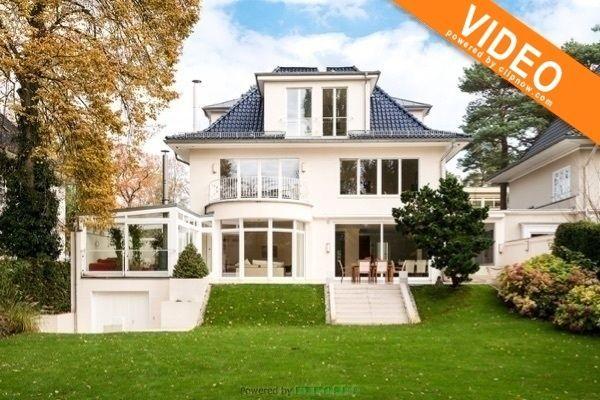 Einzigartige Luxuriose Landhausvilla Fur Hochste Anspruche Haus Villa Haus Bauen