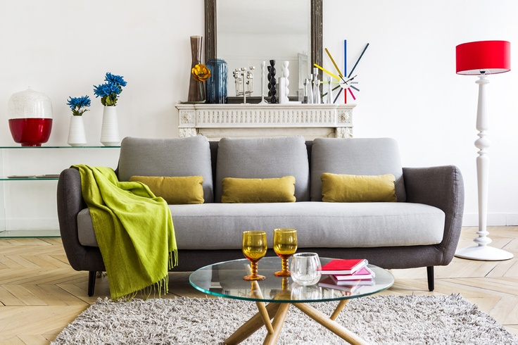Ella 3 seat sofa (Grey/polka dots), Spindle lamp (White) and Boyce coffee table (Natural).