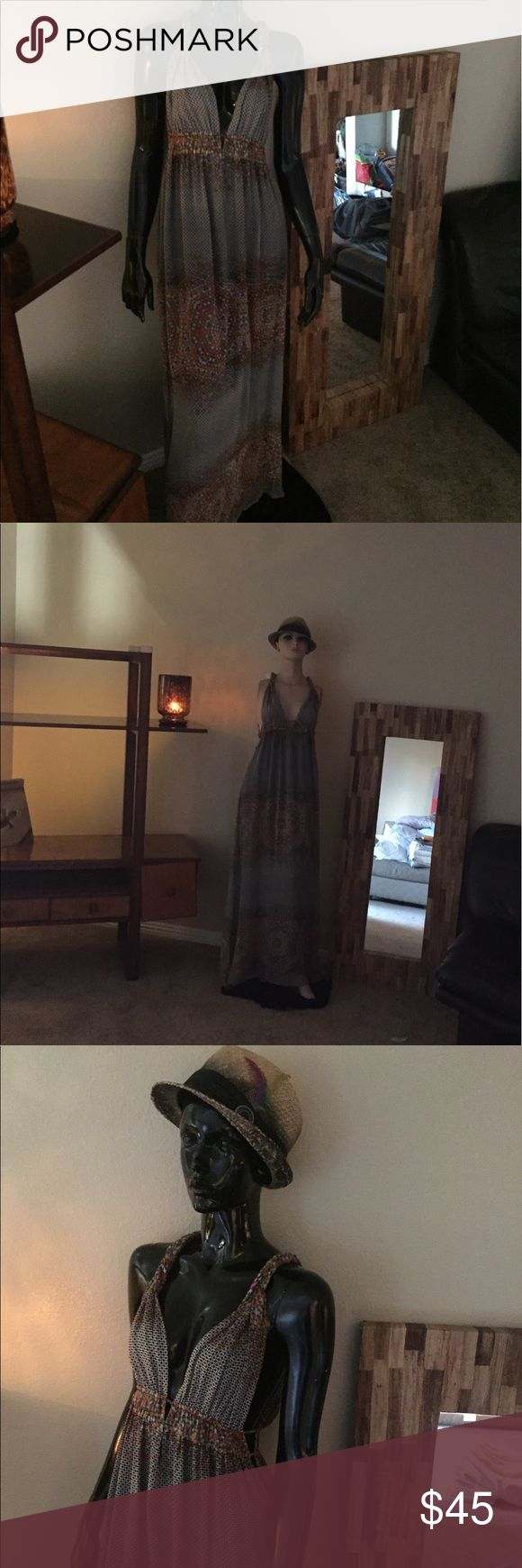 🎀🎀🎀Charlie Jade dress 🎀🎀🎀gorgeous, sexy❤️❤️ Absolutely beautiful Maxi dress...size M. Charlie Jade!!! Great colors can be worn casual or dressy❤️💯❤️ long!! Even with the hat looks amazing! Sandals or heels even flip flops. charlie jade Dresses Maxi