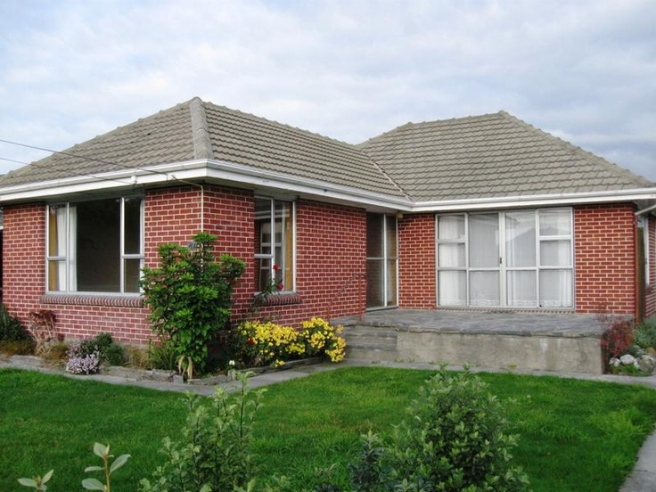 Good Sized Family Home,   Ireland Property Management Ltd : Real Estate in St Albans   Addington   City Central   Linwood