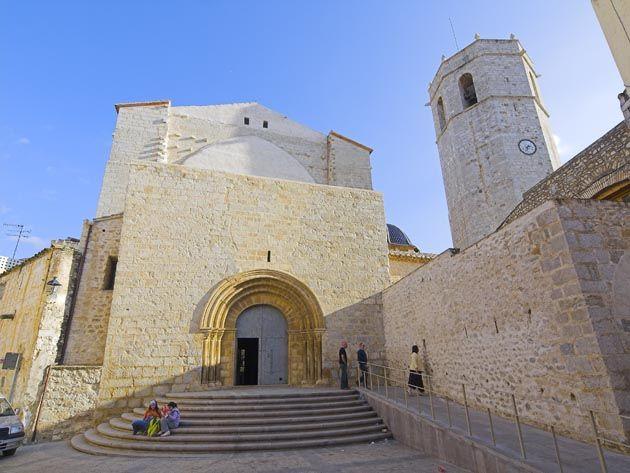 Vista exterior iglesia arciprestal sant mateu castell n - Mare castellon ...