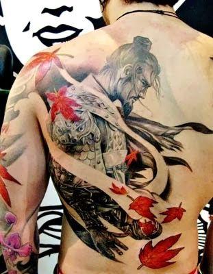 fantástica tatuagem de samurai                                                                                                                                                                                 Mais