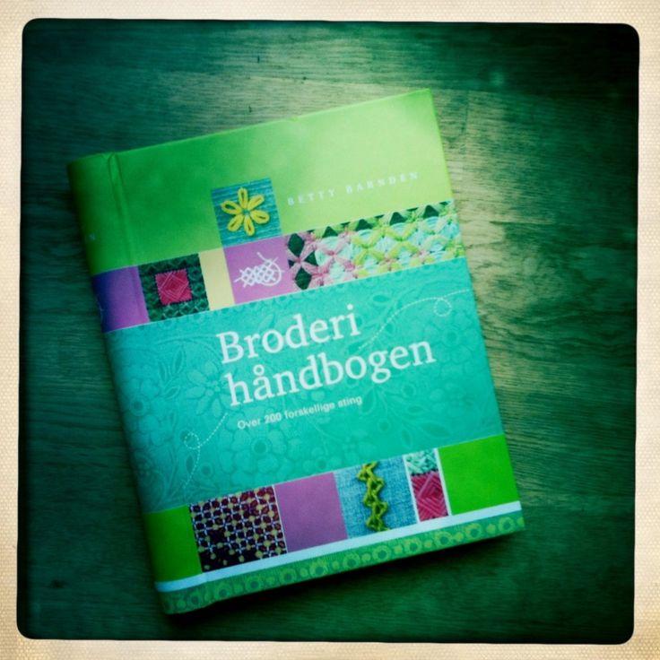 Broderi håndbogen