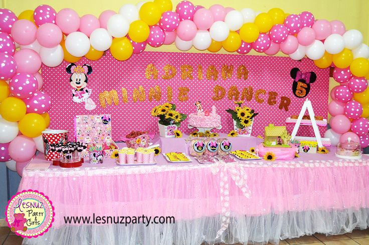 Cumpleaños Minnie Mouse mesa dulce Lesnuzparty - Minnie Mouse birthday party themed