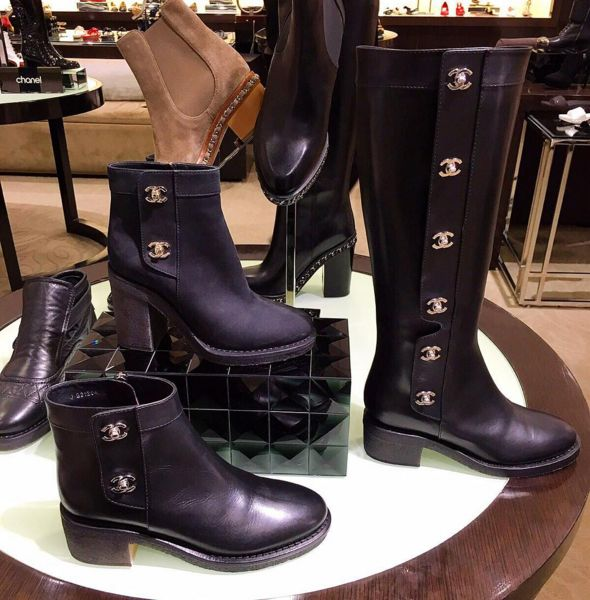 All I want for my birthday is a black bootie hoe!