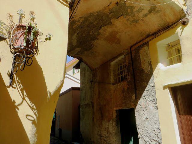 Riva Ligure (IM) - Vico San Maurizio