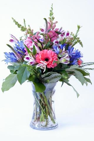 Scrim's Florist. Ottawa Ontario. Love their arrangements!!