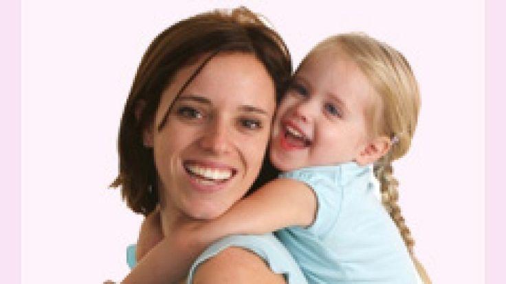 Als Stiefmutter hast Du die Aufgabe, Deinen Partner bei der Versorgung und Erziehung seines Kindes zu unterstützen. Doch was genau wird von Dir erwartet? Erfahre hier mehr über Deine Rechte und Pflichten als Stiefmutter.