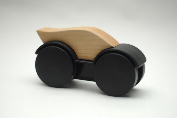 Design or not Design / Toy / wood / car / at Design Binge