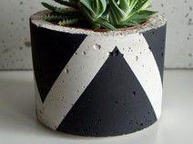 Doniczka betonowa, osłonka z betonu, L czarny mat
