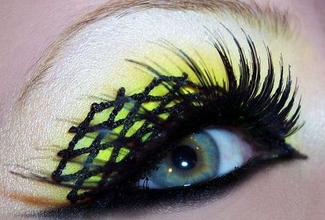 Black and yellow makeup ideas - AboutWomanBeauty.com