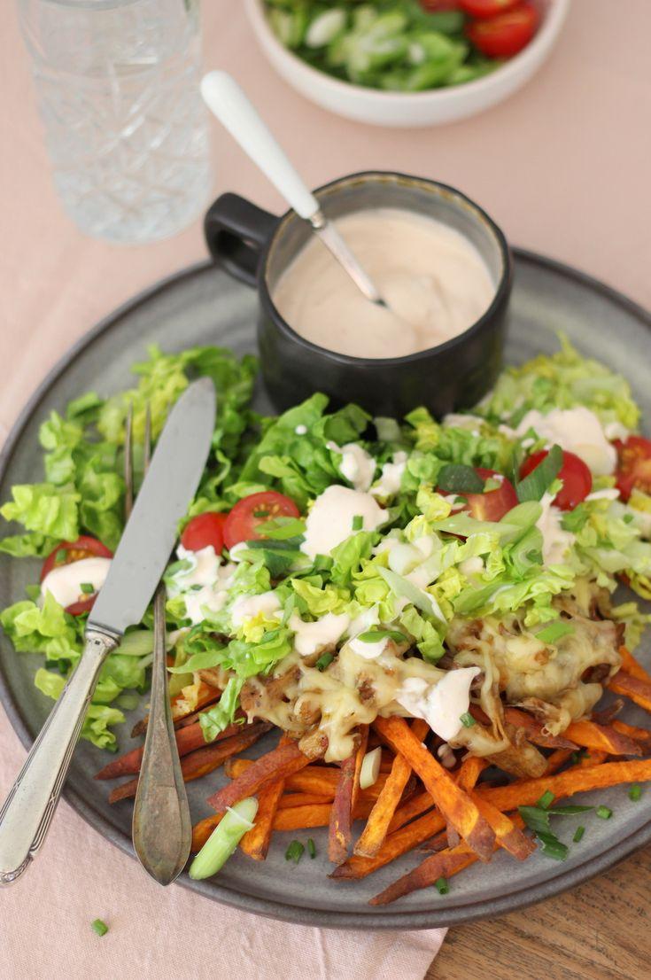 Samen met fan Esther en Jumbo Veggie Chef dook ik de keuken in om samen mijn vegetarische kapsalon met zoete aardappelfriet te maken. Het resultaat was zalig!     Bekijk hier het recept: http://www.francescakookt.nl/vegetarische-kapsalon-met-zoete-aardappelfriet/