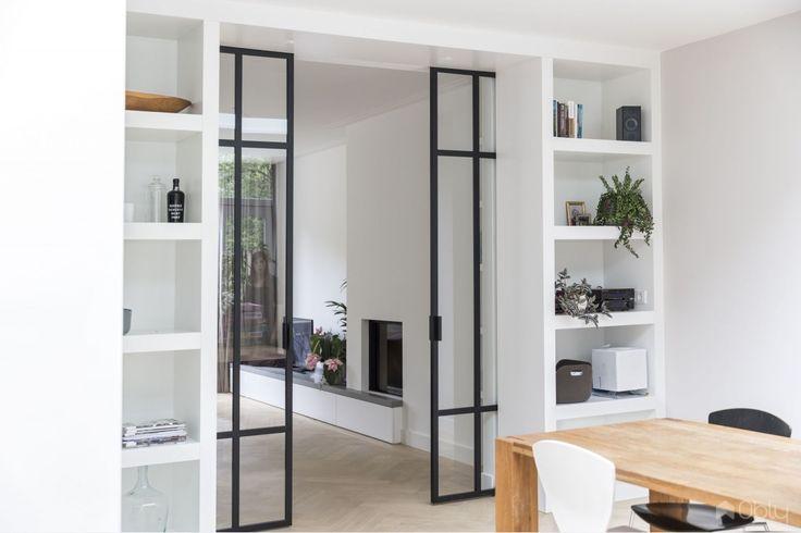 Stalen tussendeuren | Uitbouw jaren 30 woning Ontwerp en realisatie: Kraal Architecten | De beste architecten vind je op Obly.com