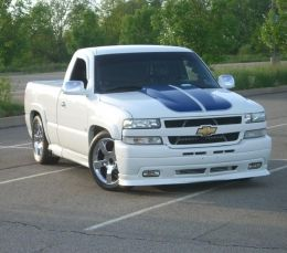 2002 Chevrolet Silverado SS by Quik http://www.truckbuilds.net/2002-chevrolet-silverado-ss-build-by-quik