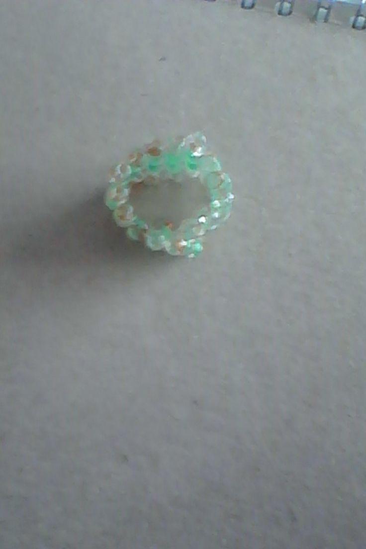 prstýnek z korálků / ringlet of beads