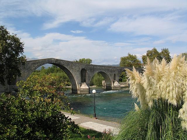 Historic Bridge of Arta / Άρτα - built in 1612 a. C. - Arachthos-River - North-West of the Greek Mainland near the Ambracian Gulf and Preveza - Epirus / Ipiros