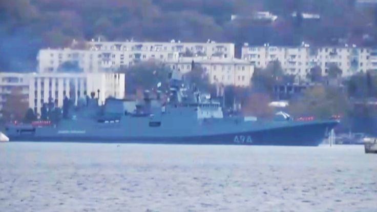Moskau (Press TV/ParsToday) - Ein russisches Kriegsschiff, die mit Cruise Raketten gegen Terroristen ausgestattet ist, hat die  Küste von Syrien erreicht.