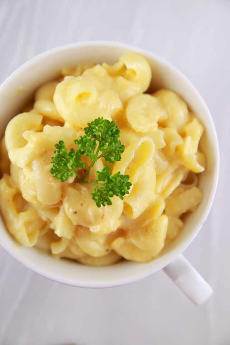 14. Mac and Cheese in a Mug #healthy #recipes http://greatist.com/health/healthy-single-serving-meals