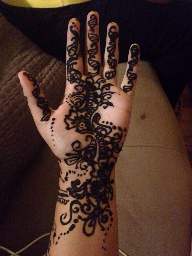 Mehndi Lion Tattoo : Best images about tattoo me up on pinterest lion