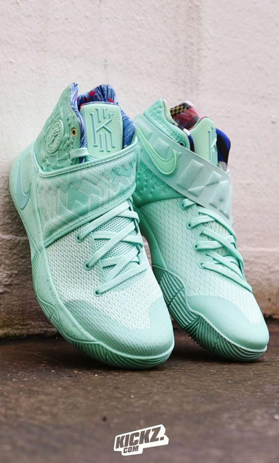 "Looks like the ""What the"" theme and the Christmas colorway combine this  year on the Nike Kyrie 2 for this minty fresh colorway.  basketballshoes ee51f1db42"