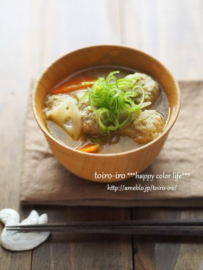 ふわふわ鶏団子と根菜のごちそう味噌汁 by トイロさん | レシピブログ ...