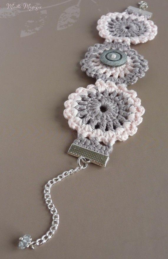 Bracelet confectionné main en 100% Coton mercerisé ༺✿ƬⱤღ  http://www.pinterest.com/teretegui/✿༻