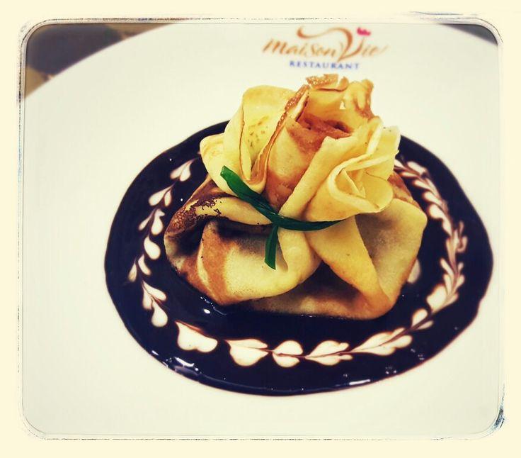 Banana crepe with chocolate sauce by #MaisonViehanoi Restaurant ♡♥♡♥