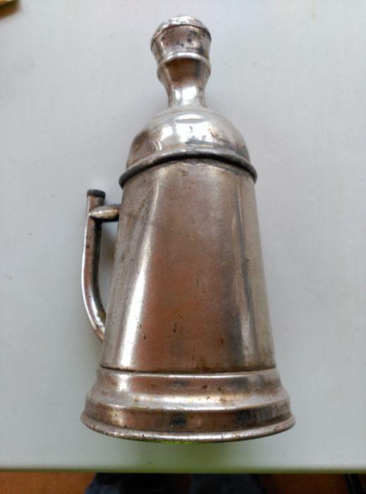 Online veilinghuis Catawiki: Kappersspray voor mannen. Jaren veertig. Wit metaal