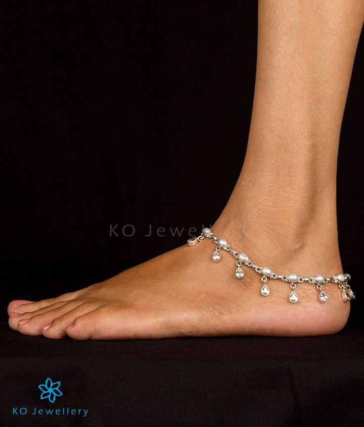 The Mauktika Silver Pearl Anklets