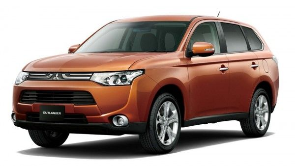 Japanese car manufacturers, Mitsubishi Motors have launched the third generation of Outlander SUV in Japan after its successful launch in Russia and some European countries. In Japan, Mitsubishi Outlander is priced from 2.4 million Yen (Rs 16.2 lakhs) for the base variant, while the topend costs 3.1 million Yes (Rs 20.9 lakhs).