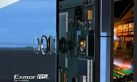 Sony Xperia Z 12MP arka kamera olacak ve bu kamera, Xperia T'nin 13MP'lik arka kamerasından daha yüksek performans.