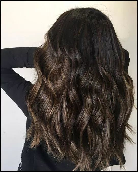 125 melhores exemplos de cores de cabelos pretos e quentes que você pode encontrar- página 28> homemytri.com