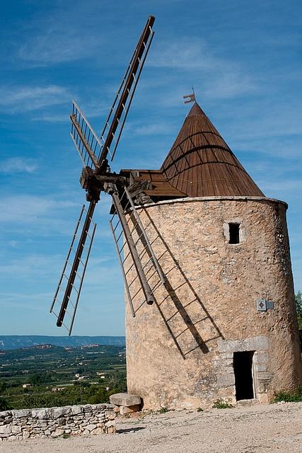 Provence Alpes Cote d'Azur - Saint-Saturnin-lès-Apt, Vaucluse, Luberon, Provence, France
