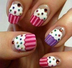 Nageldesign Muster - wie Sie Fingernägel Designs selber machen (Halloween Art Design)