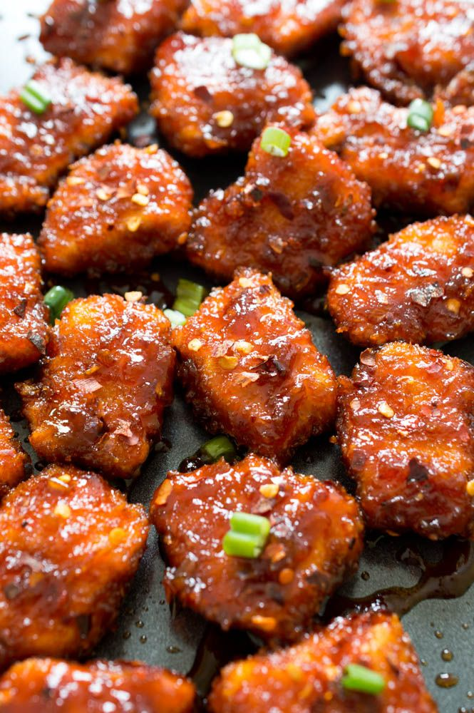 Sweet and Spicy Baked Honey Sriracha Chicken. Posting for the delicious looking sauce