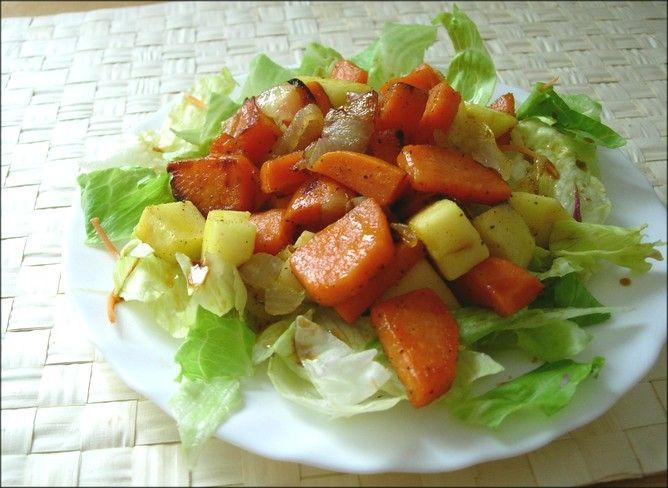 Ensalada de batatas, manzana y pera / Platos Entrantes / Ensaladas…