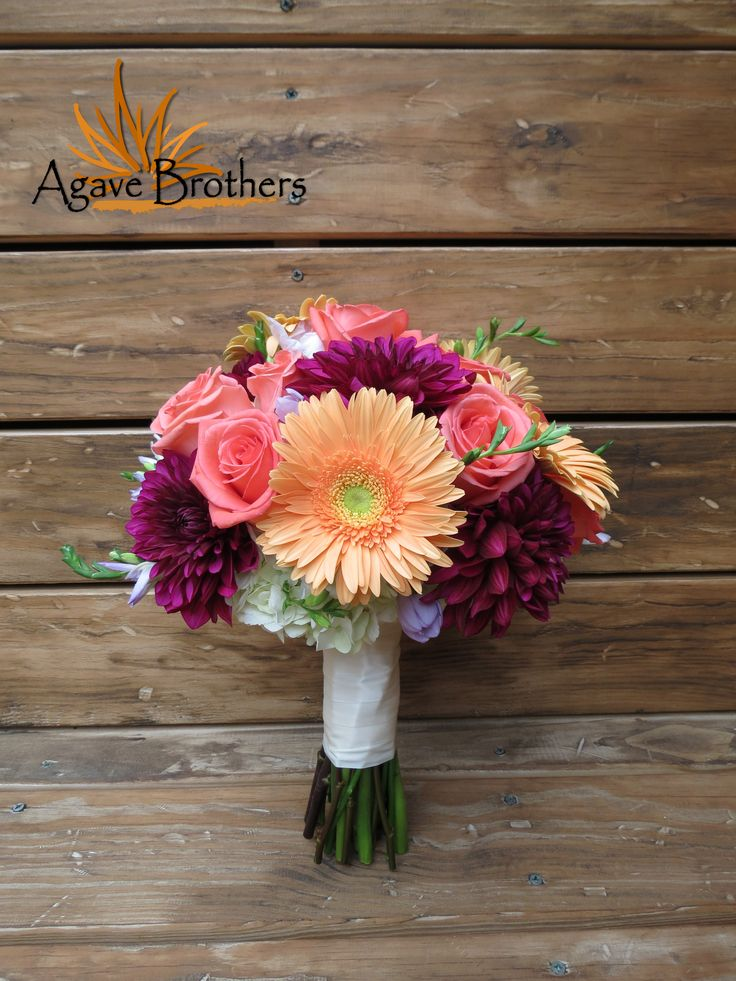 Perfect bouquet for any season! Delicate mix of Daisies, Dahlias, Roses and just a smidge of Hydrangea. #agavebrothers #flowers #bouquet #mixed #wedding