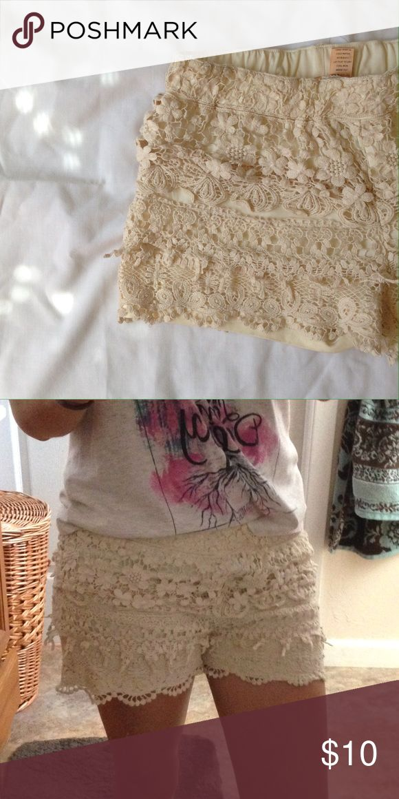 Cream lace shorts Adorable cream shorts with layered lace. ❣Make an offer!❣❌No Trades❌ Whispers Shorts