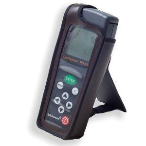 http://www.egenkontroll.nu/Testa-hygien/ATP-matare-Lumitester-PD-30.html  ATP-mätare: Lumitester PD-30  PD-30 är inte större än en mobiltelefon men har ändå mycket större lagringskapacitet än sin föregångare. Den är dessutom temperaturkompenserande så prover med olika temperatur ger samma baslinje.   Med denna mobila enhet kan upp till 2000 mätningar för hygienkontrollprogram göras, lagras och överföras till PC-system. Med ett tabellberäkningsprogram (t.ex. Microsoft Excel)...