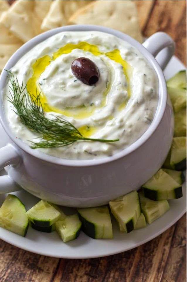 Cozinhando com amigos: Tzatziki - Uma entradinha da deliciosa culinária grega