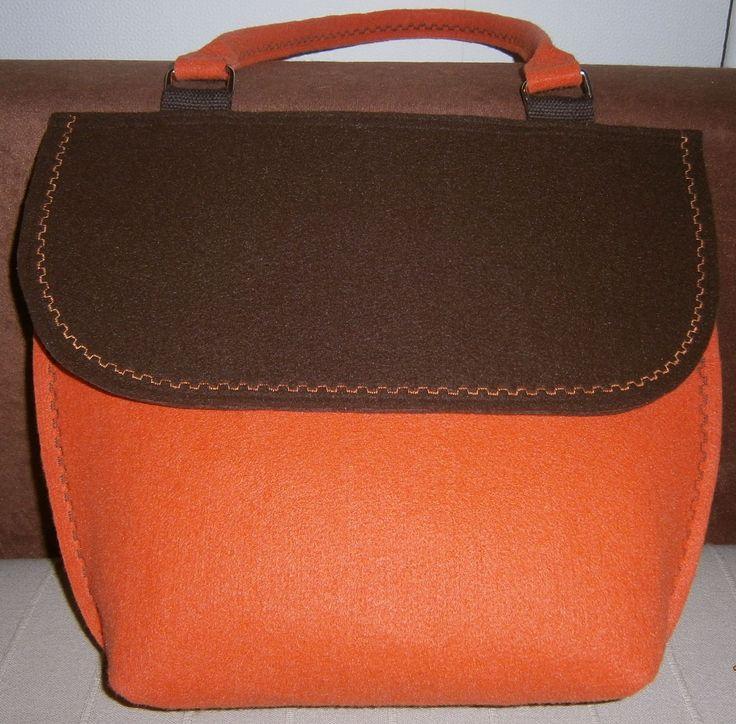 brązowo - pomarańczowa torba z filcu
