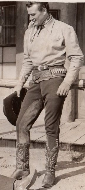 """John Wayne en """"Le Cavalier de l'Aube"""" (The Dawn Rider) 1935"""