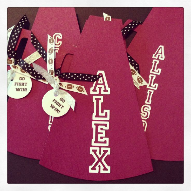cheer locker decorations | Cheerleading locker decorations