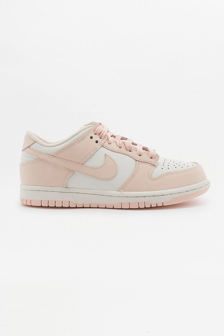 Sneakers women - Nike Dunk low pink white