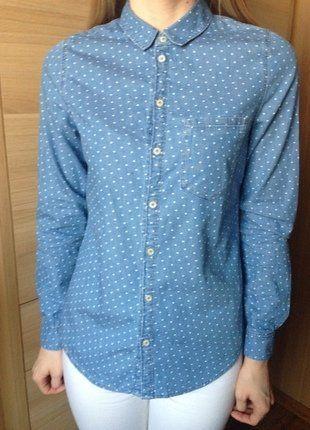 Kup mój przedmiot na #vintedpl http://www.vinted.pl/damska-odziez/koszule/16667696-jeansowa-koszula-w-biale-kropki-hm