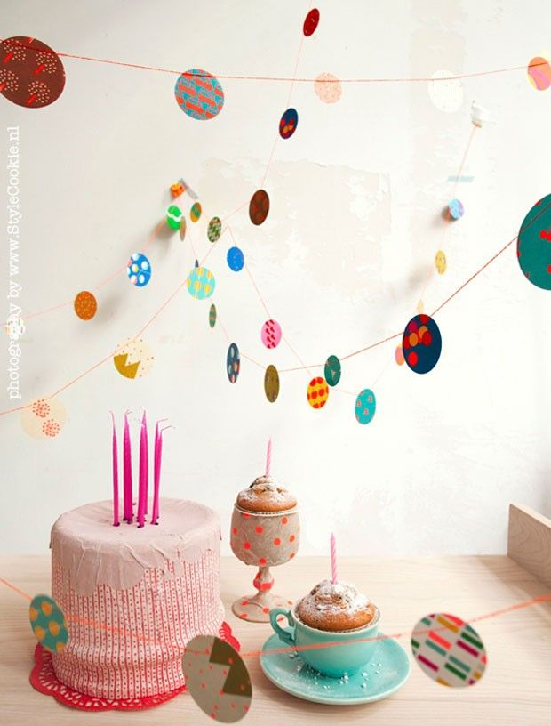 Confetti garland by Engel. Buisjes en Beugels +++ - Fashion, Design and Paraphernalia for Family Life: Kids Parties, Paper Garlands, Cake, Birthday Parties, Paper Buntings, Paper Confetti, Confetti Garlands, Confetti Buntings, Parties Ideas