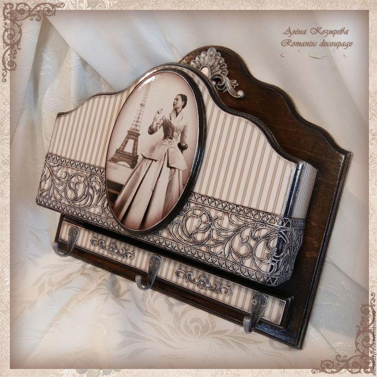 """Купить Ключница с карманом """"Парижанка"""" - коричневый, ключница, ключница ручной работы, Ключница декупаж"""