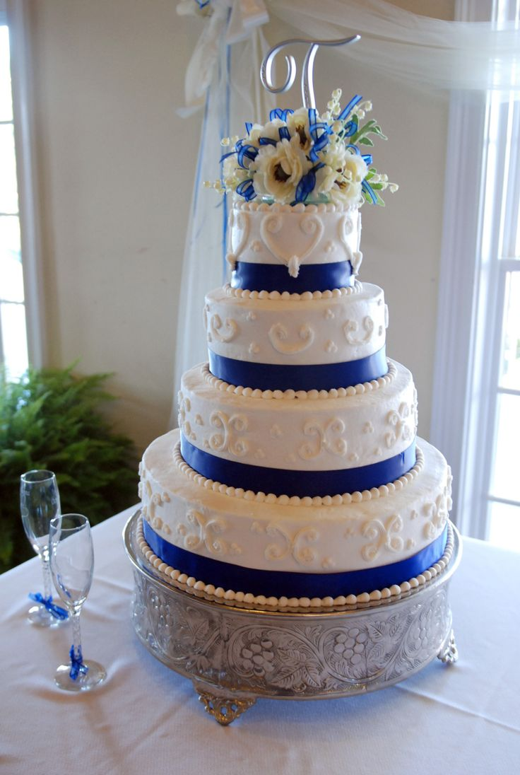 Royal Blue Cake Images : 25+ best ideas about Royal blue round wedding cakes on ...