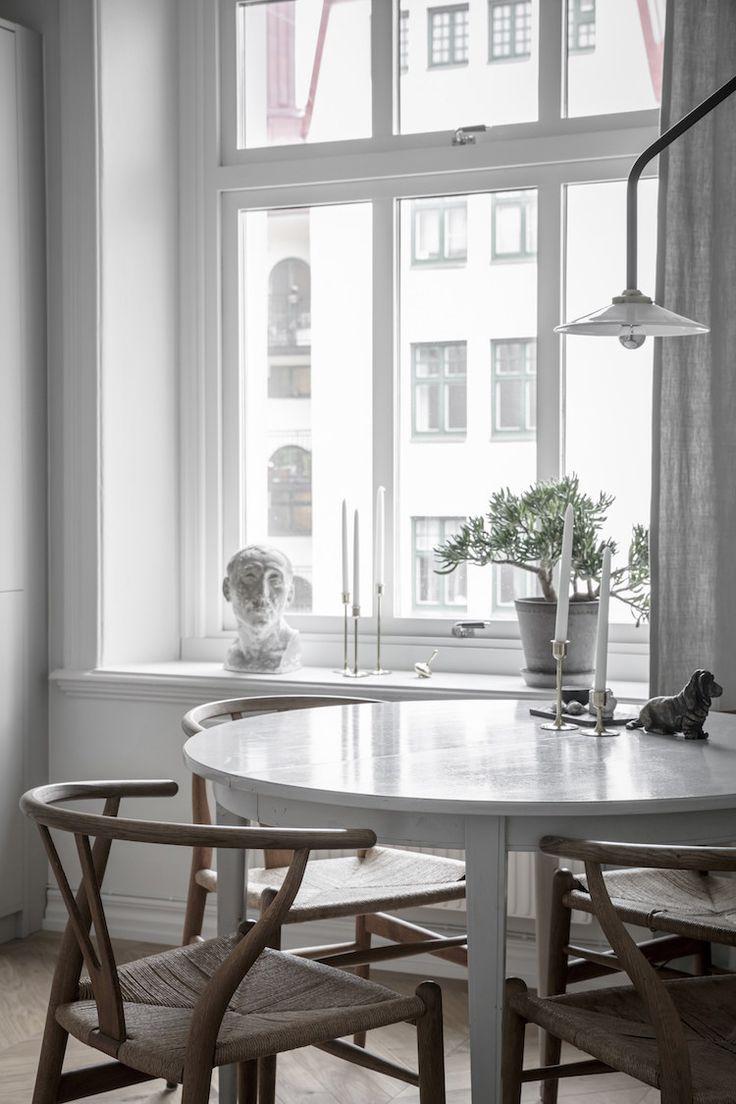 my scandinavian home: a calm, Swedish dining space.