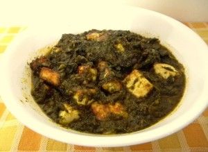 Spinach with cottage cheese / Palak Paneer